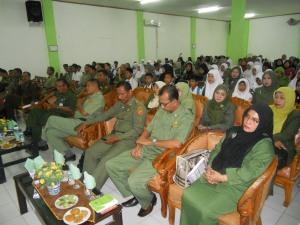 Penonton sedang mengikuti acara pembukaan FLS2N Lhkseumawe